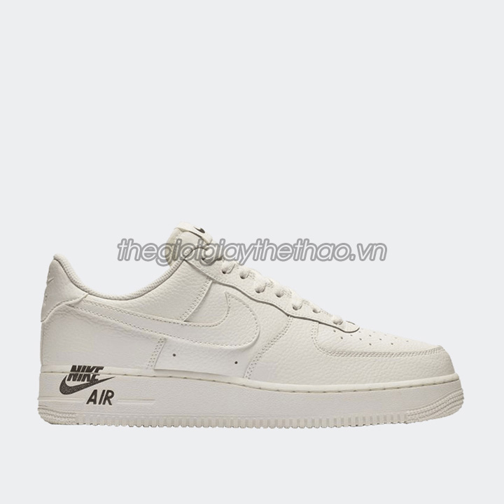 Giày Nike Air Force 1 '07 LV8 Sport 1