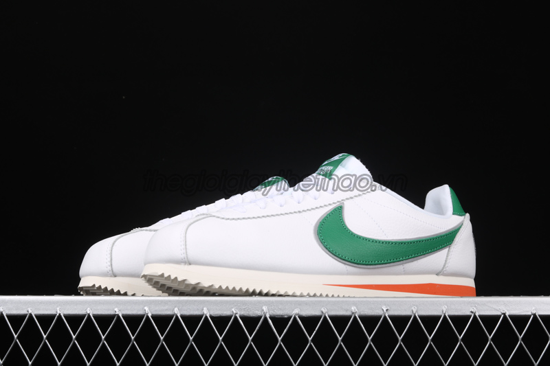 "Giày Nike Cortez ""Hawkins High School"" x Stranger Things 6"