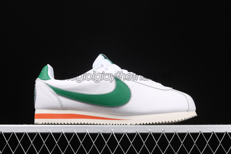 "Giày Nike Cortez ""Hawkins High School"" x Stranger Things 7"