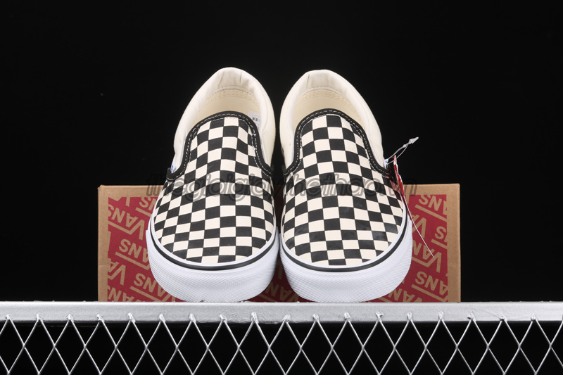 GIÀY VANS CHECKERBOARD SLIP-ON CLASSIC VN000EYEBWW 1