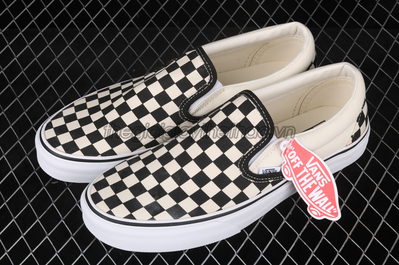 GIÀY VANS CHECKERBOARD SLIP-ON CLASSIC VN000EYEBWW 2