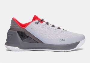 Giày UNDER ARMOUR CURRY 3 LOW